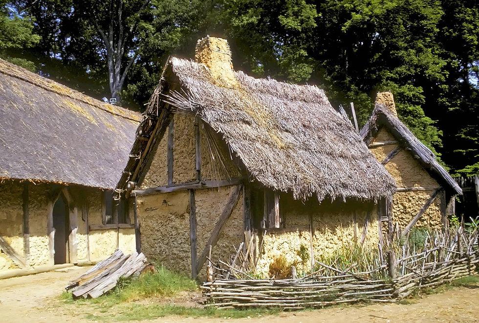Replica-buildings-Jamestown-Fort-Settlement-Virginia-Williamsburg (1).jpg