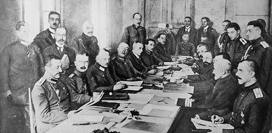 Delegates-negotiations-treaties-Brest-Li