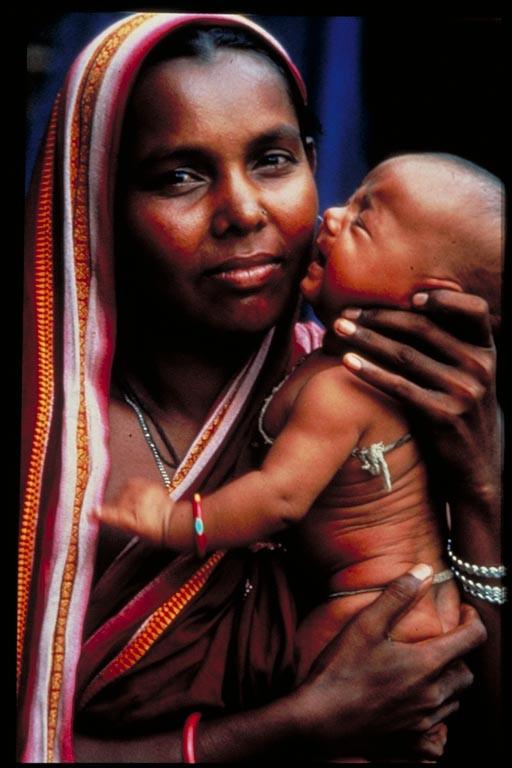 Bengali Woman. Photo by Fiona McDougal