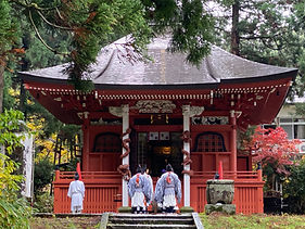 Though it was first built in 1397 to be a Buddhist temple, the current building is a reconstruction from 1779 and is now a Shinto shrine.