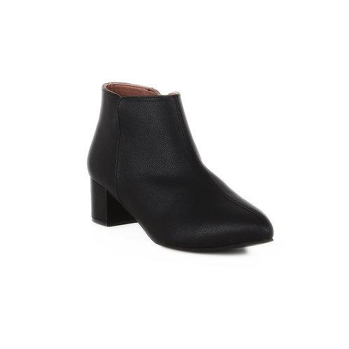 Black Round Town Half Boot
