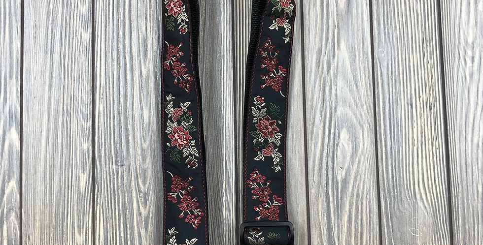 Ernie Ball Strap, Red Rose