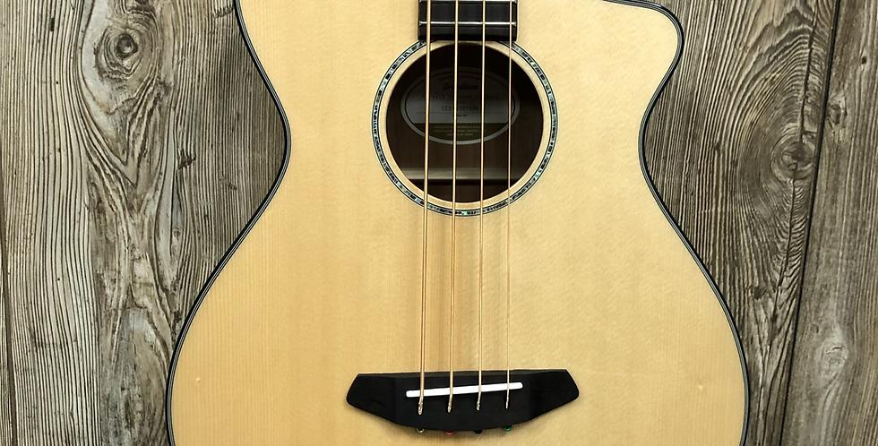 Breedlove Pursuit Acoustic Bass (b-stock)