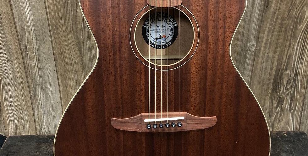 Fender Newporter Special w/ gig bag