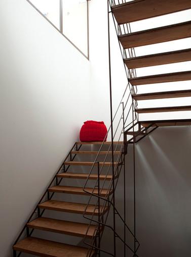 escalera.jpg