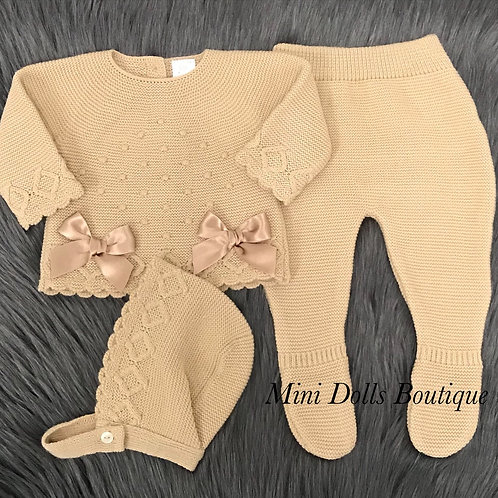 Camel Double Bow 3 Piece