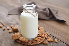 Almond Milk.jpg