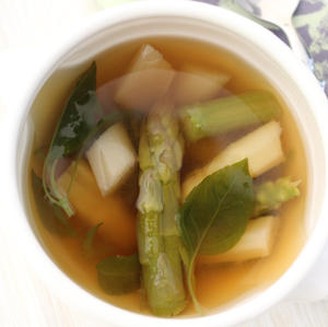 Miso-Spargel-Suppe