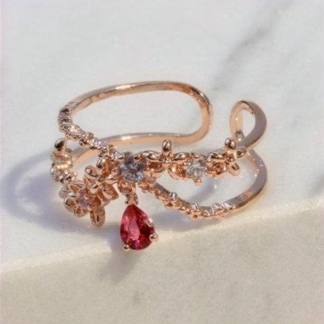 MOOII Tear Drop Crystal and Wreath Crown Ring