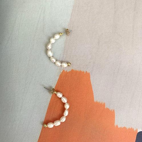 Semicircular Pearl Earrings