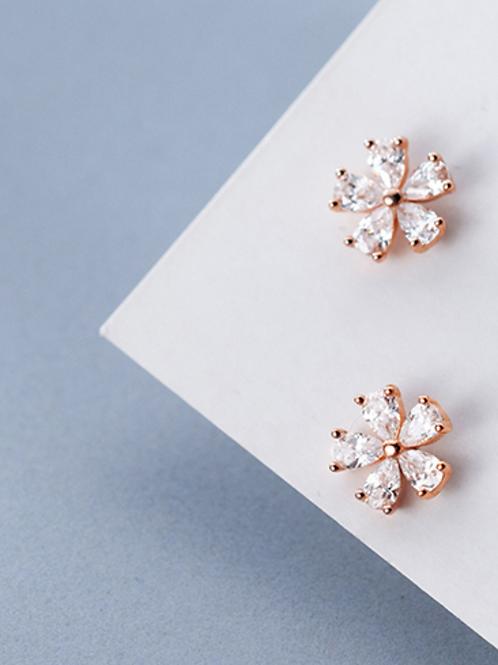 Minimalist Sakura Flower 925 Silver Ear Stud - Mooii