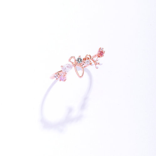 White Lily Flower Oval Crystal Ring - MOOII
