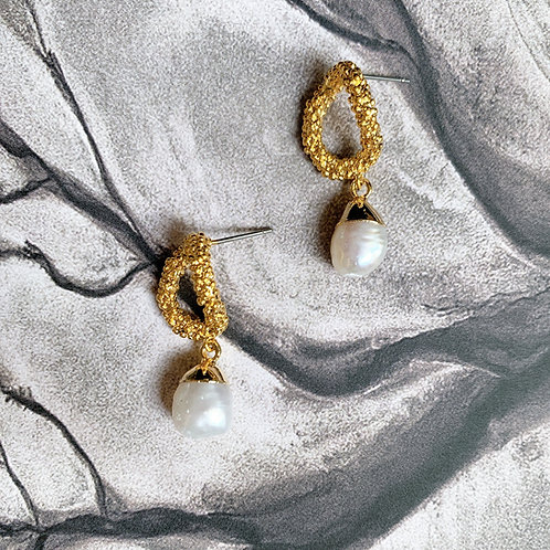 Golden Wreath and Pearl Earrings
