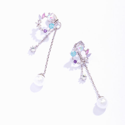 Dainty Garland  Earring with Pearl Drops -MOOII