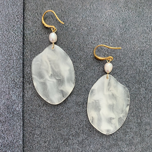 Clear Resin Plate and Pearl Earrings