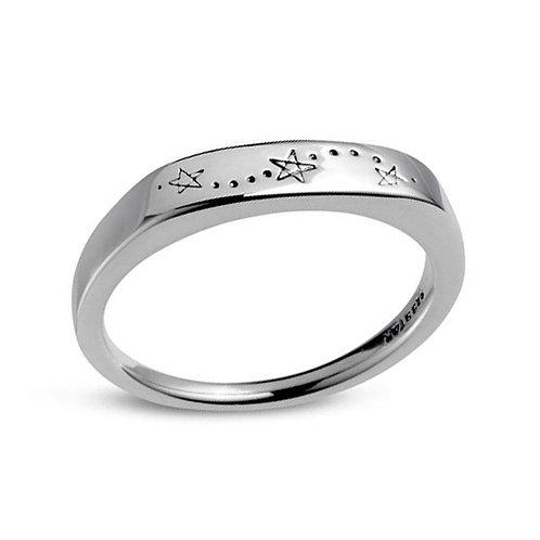 Midsummer Star Tri Star Signet Ring