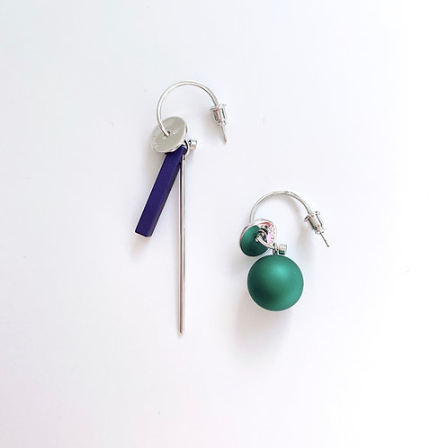 Asymmetric Blue Bar and Green Ball Earring - MOOII