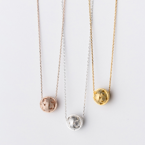 Hollow ball necklace - MOOII