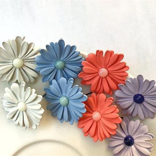 MOOII Vivid-Colour Daisy Earrings