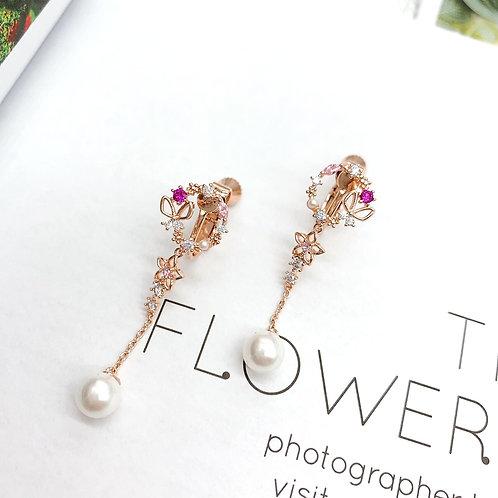 Mooii Crystal Wreath Dangle Clip On Earrings