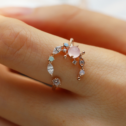 Crecsent Moon Crystal Floral Ring - MOOII