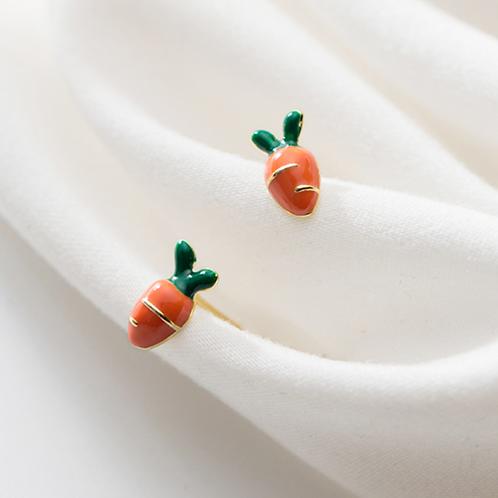 Enamel Carrots Vege 925 Silver Ear Studs - Mooii