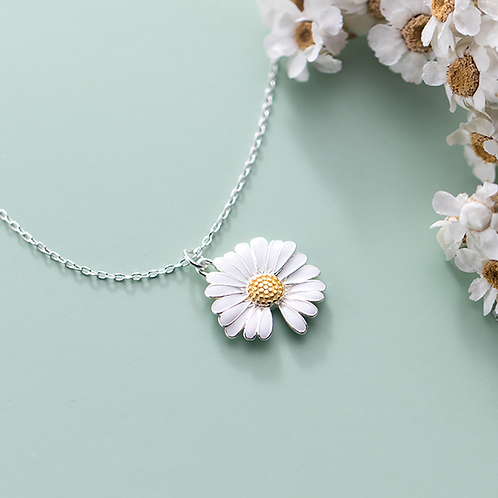 Sterling Silver Daisy Necklace - MOOII