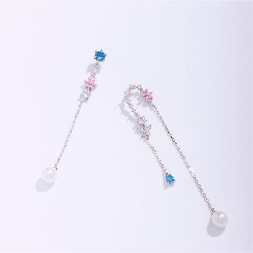MOOII Horseshoe Shape Multi-Crystal and Pearl Dangle Earring
