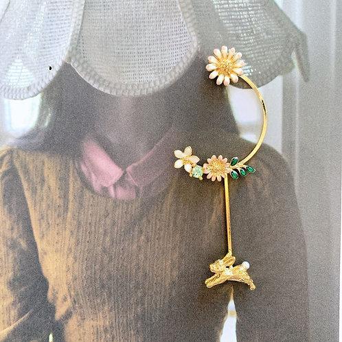 MOOII Daisy and Rabbit Earrings