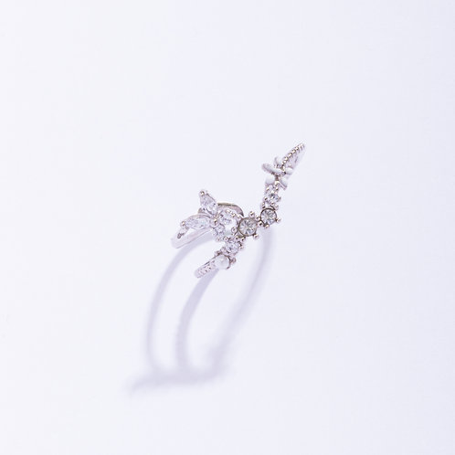 Asymmetric Crystal Butterfly Floral Ring - MOOII