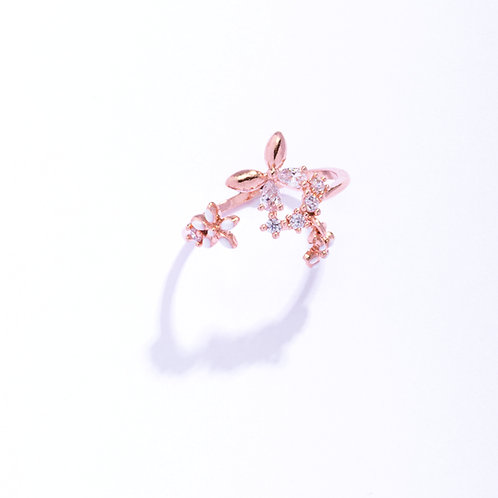 Creamy Lily and Butterfly Pinky Ring - MOOII