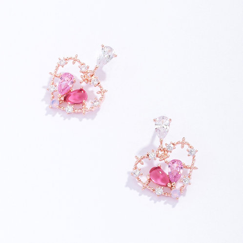 Hollow Out Lover Heart Crystal  Earring - MOOII