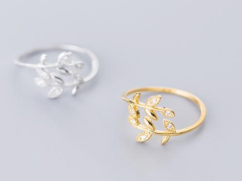 Leafy Vintage Ring