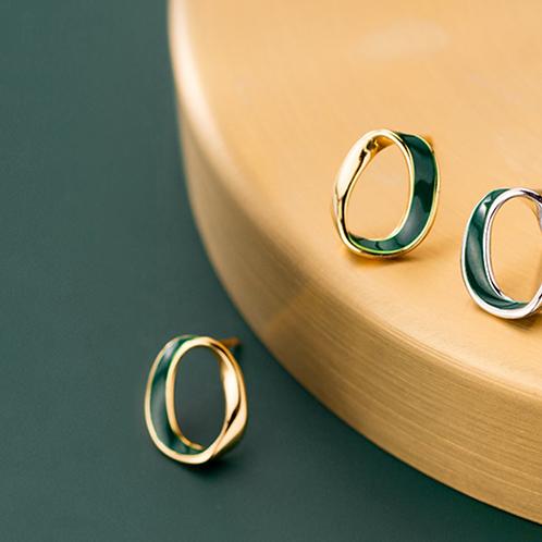 Hollow Oval Jade Belt Sterling Silver Ear Studs - Mooii