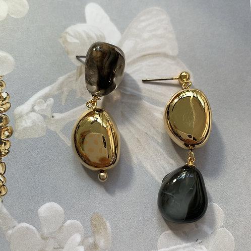Golden and Black Cobblestone Earrings