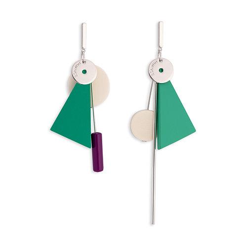 Green Triangle Asymmetric Earrings- MOOII