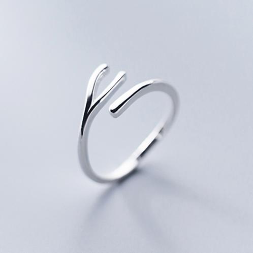 Wishingbone Ring
