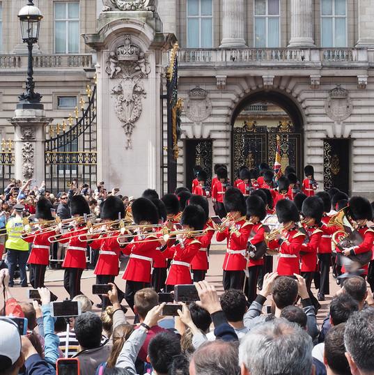 1-Guards-P6040195-PS.jpg