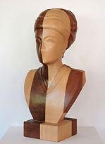 Imagen V. Haya y Sapelli. 22x46,5x18 cm.