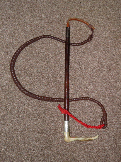 Antique Gents Plaited Leather Hunt Whip And Leather Lash