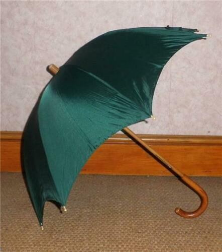 Superb Vintage Brigg Of London Umbrella With Green Nylon Canopy 67cm Tall