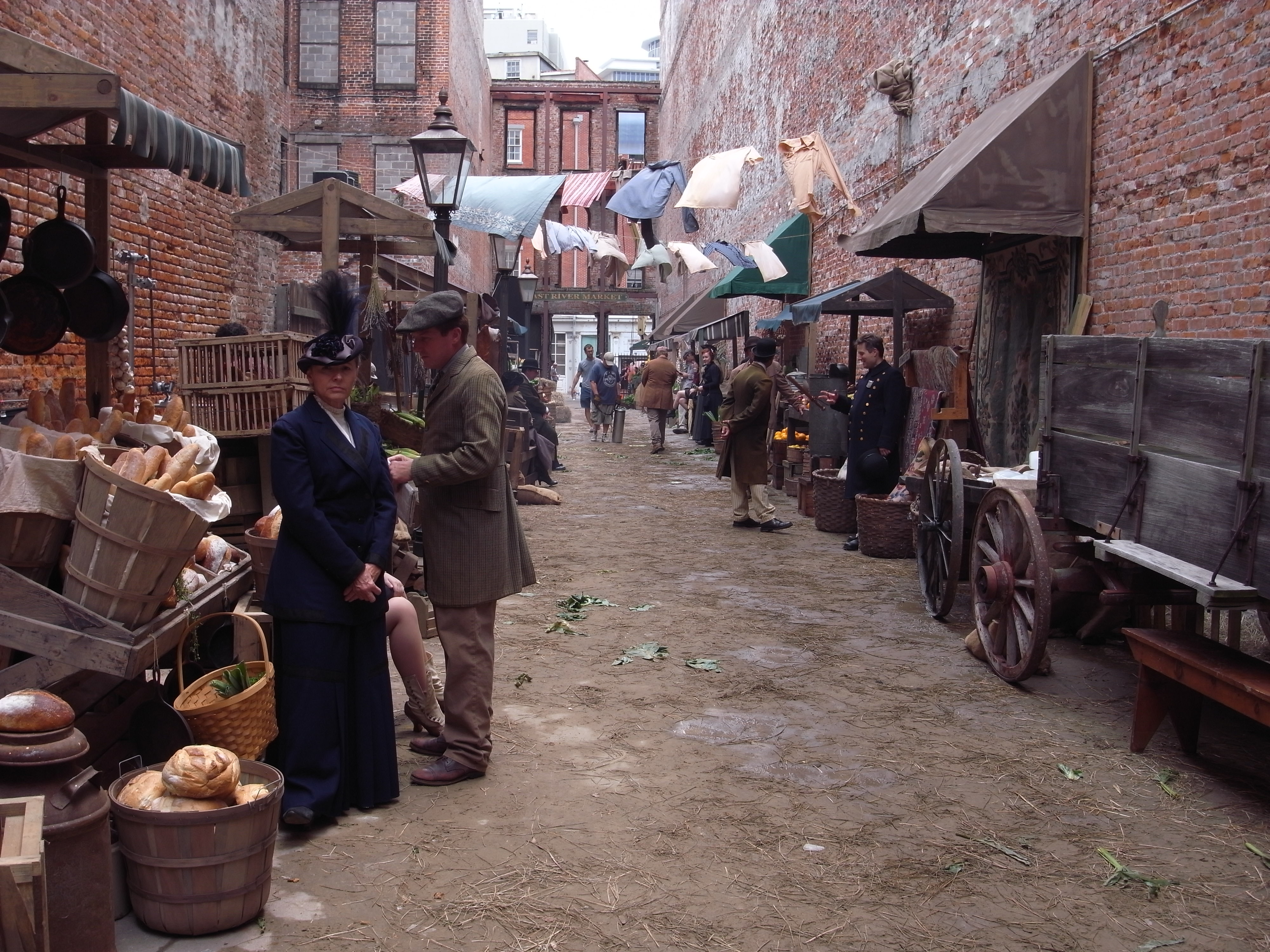 New York Street Market, Set