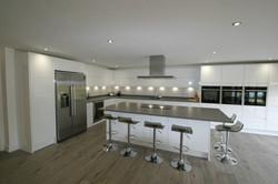Autumnwood Kitchens - Handless in white gloss - Holmer Green 1