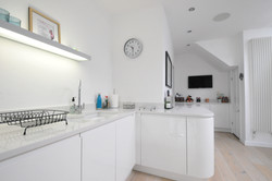 Autumnwood Kitchens - Handless in Gloss White - Marlow 3