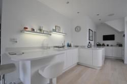 Autumnwood Kitchens - Handless in Gloss White - Marlow 4