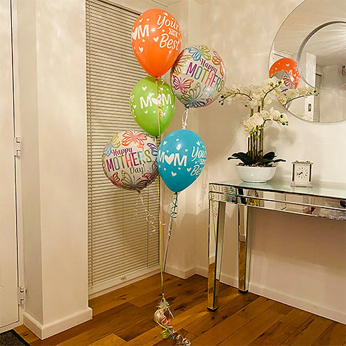 One Amazing Mom Balloon Bouquet Helium filled