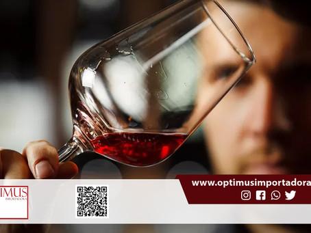 Você sabe diferenciar o vinho Cabernet Sauvignon do vinho Merlot? Veja com a Optimus: