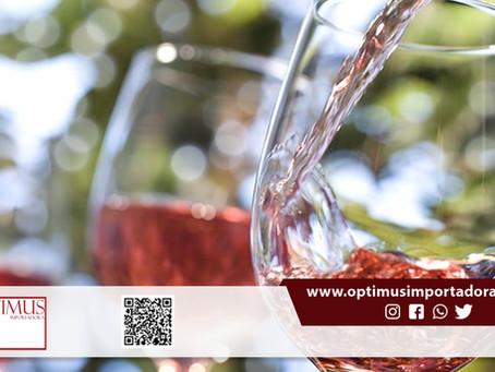 Veja nossas dicas para apreciar um bom vinho rosé:
