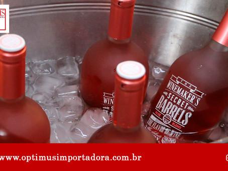 Saiba com a Optimus Importadora como é feito o Vinho Rosé!