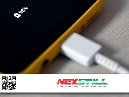 Veja com a Nexstill como carregar o celular corretamente: